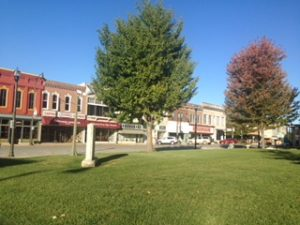carthage courthouse square